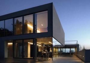 Casa Moderna de noche