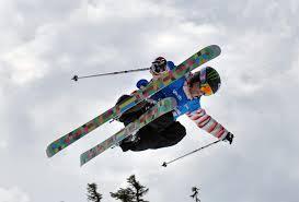 trabajar esquiando